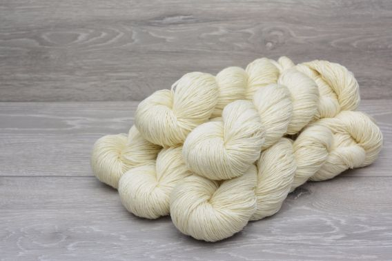4ply Superwash Polwarth Wool Yarn 5 x 100gm Pack